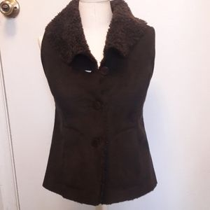 Talbots brown suede vest with pockets 2P